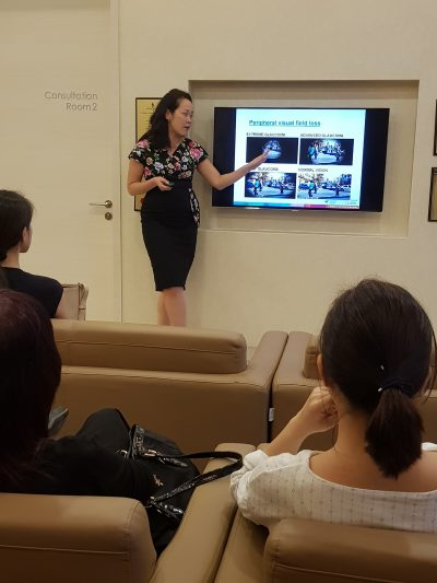 Ophthalmologist Dr Anna Tan Cheng Sim explaining visual field loss to participants at the CPE programme on 17 January 2018.