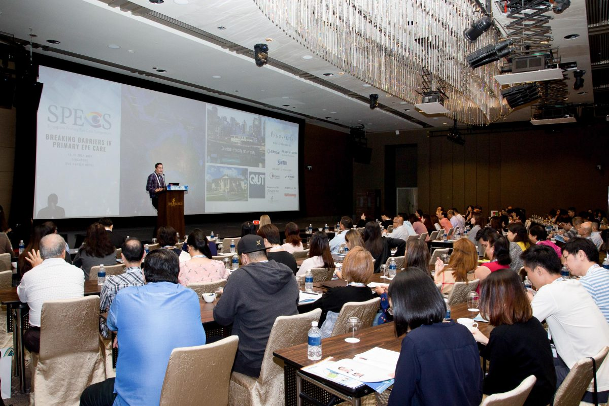 Professor Scott Read sharing his insights on the association between near work and myopia with delegates at the Singapore Primary Eye Care Symposium (SPECS) 2018 in One Farrer Hotel on 18-19 July 2018